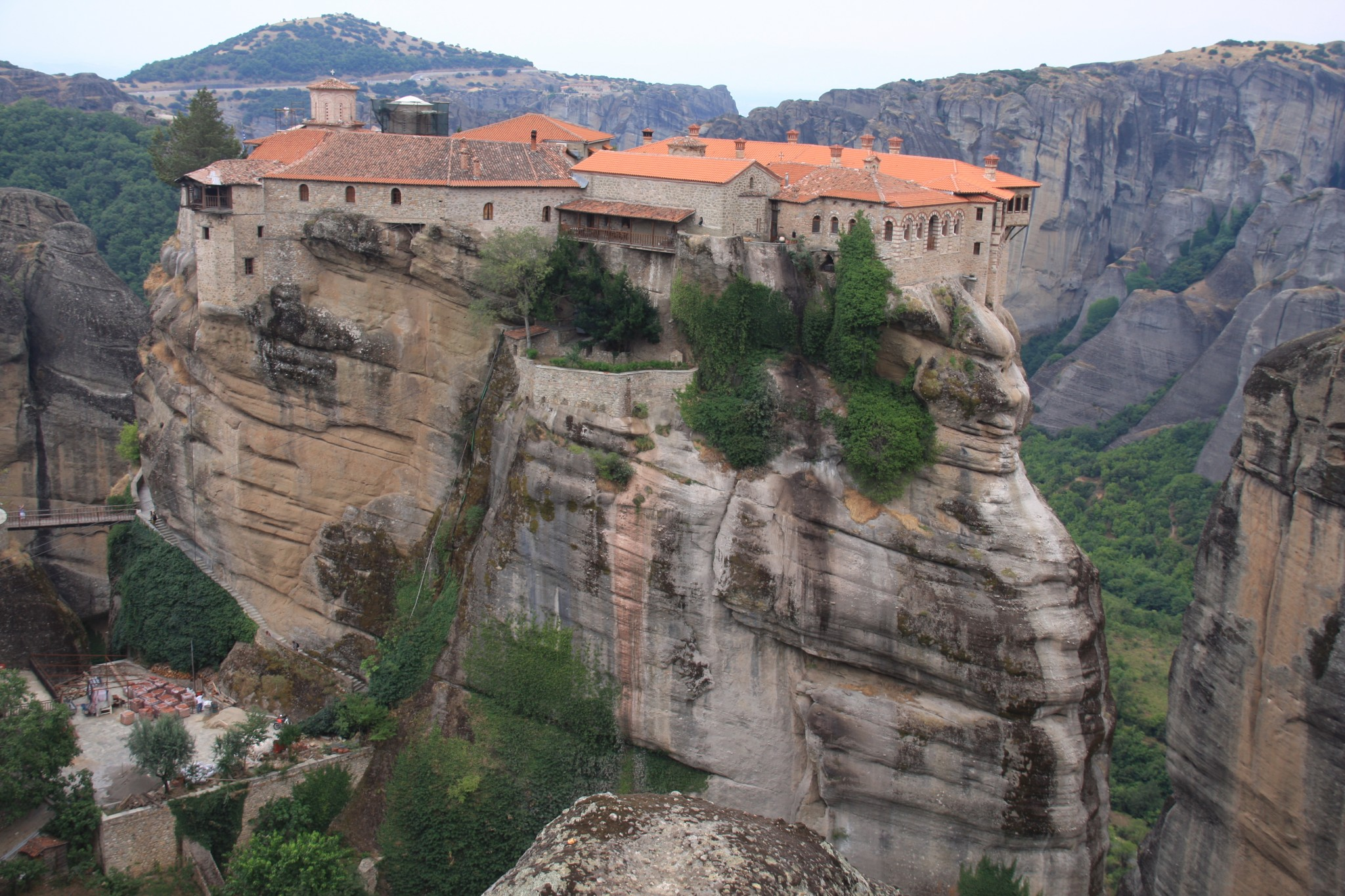 St. Nicholas Images >> Great Meteoron Monastery - Meteora Thrones - Travel Center